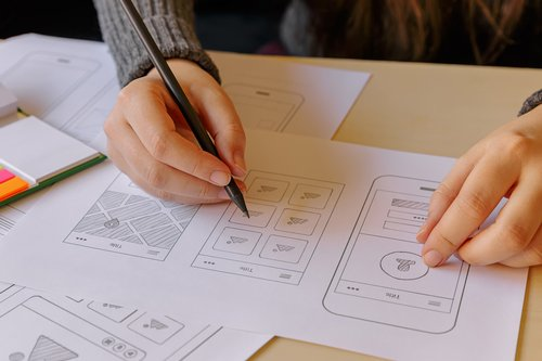 7 UX and UI Designer Interview Questions for Making the Perfect Hire image