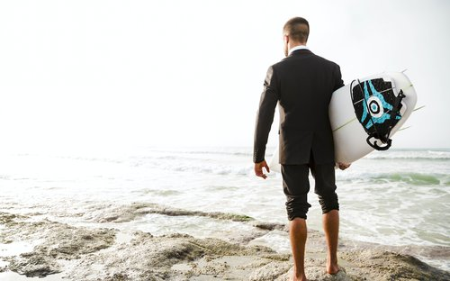 5 Things surfing taught me about running an agency image
